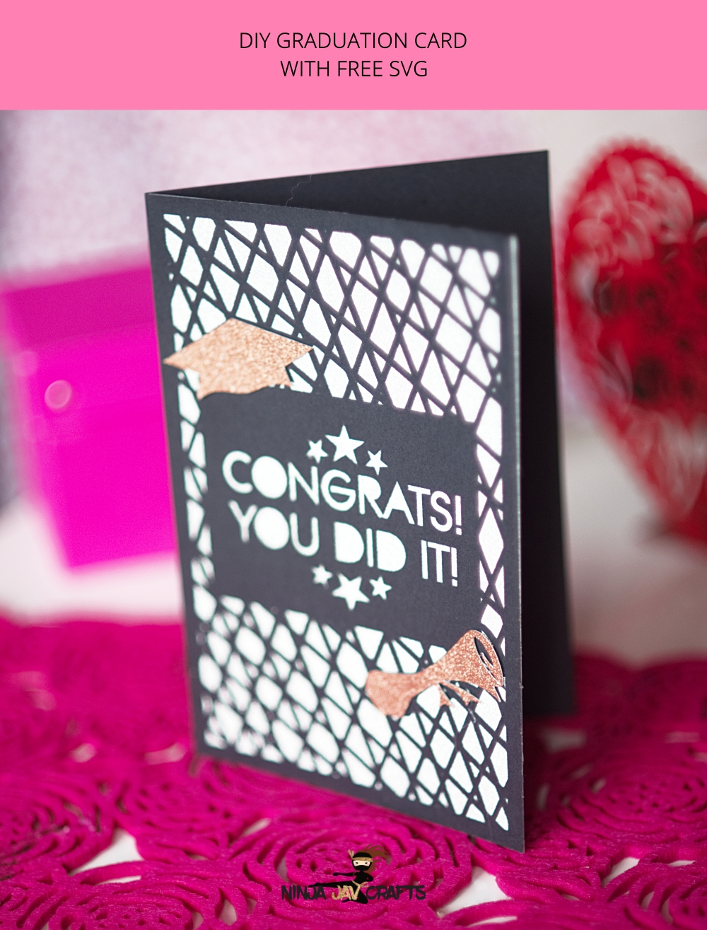 diy graduation card with gift card envelope. Free SVG. Perfect for beginners.